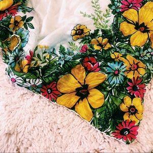 Vintage Accessories - Vintage Floral Print Silk Scarf